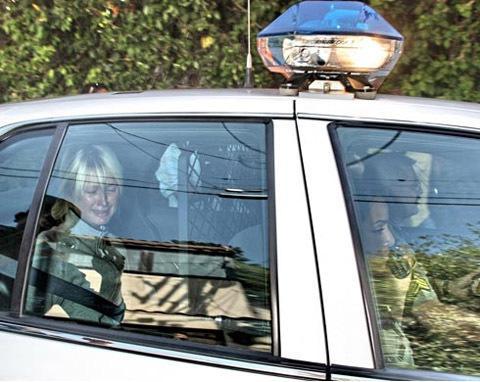paris hilton arrested